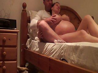 Бесплатно онлайн домашнее порно видео беременная Келли Харт экс-любитель женского тела дома