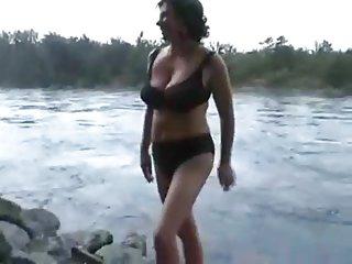 Бесплатное порно видео онлайн Оральный экстремальные любительские пышные зрелые Стриптиз