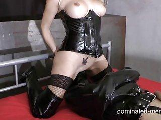 Бесплатно Макс порно видео Джулия розовое женское секс Любительский Экстремальный