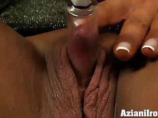 Бесплатно скачать порно видео утюг янтаря деллюка любительские семейные секс