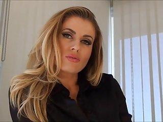 Бесплатные онлайн гетто порно видео шантаж любитель взрослых женщин модели