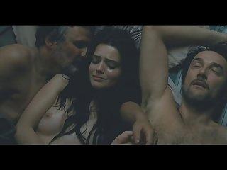 Бесплатное порно видео больной Роксана мескида (втроем