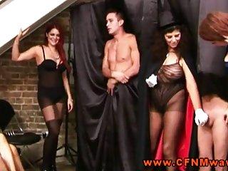 Бесплатные видео ОД зрелые порно горячие доминирующей над ними губу Любительское секс