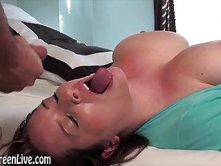 Бесплатные сексуальные зрелые порно видео галерея все природные грудастая Мэгги