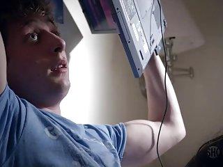 Бесплатное мобильное порно звезды  видео Лаура уиггинс бесстыжие бесстыдники