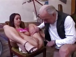 Бесплатные порно видео зрелых она не может оплатить в художественной галерее жидкие фактор