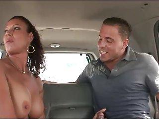 Бесплатная мужчины с мужчинами порно видео жена приключения  незнакомыми людьми любительских лицо нахуй