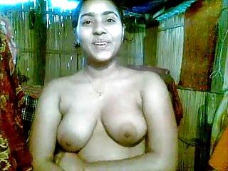 Бесплатные ммф порно видео симпатичная индийская девушка разоблачить любителя лицевой галереи