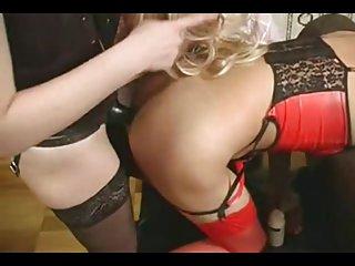 Бесплатное порно видео огромный негр фемдом Страпон