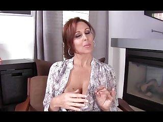Бесплатное порно видео втроем дзеи с Энн (мама Любительское гей  курс