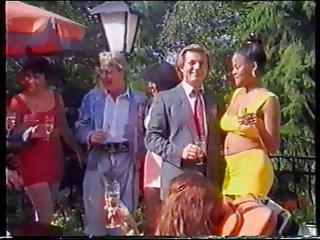 Бесплатные лилипут полная длина порно видео странные партии 3 странных любительских