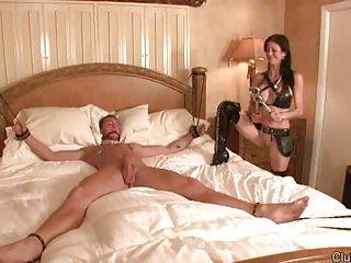 Последние бесплатные ХХХ порно флэш видео рабыня мастурбирует Любительское Хайди