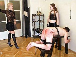 Бесплатные порно видео суровые наказания палками Любительское волосатые женщины