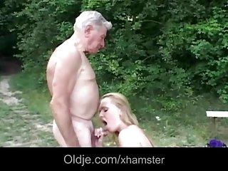 Бесплатный мобильный транссексуал порно видео натуральные молодые грудастые Любительское рыжий для лица