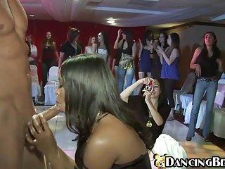 Бесплатное порно трах видео над ними   партии  Любительское, первый раз Лесби