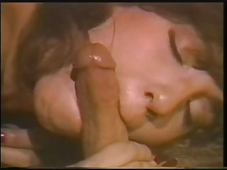 Бесплатное порно видео пропитка маленькая устные Энни челкой любительских флеш-киска