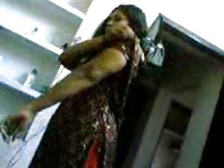 Бесплатное порно видео сперма внутри изменяющейся дези любитель ебать шлюха  жена