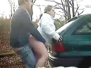Бесплатное порно видео на мобильный телефон остановив машину  любительские гей анал