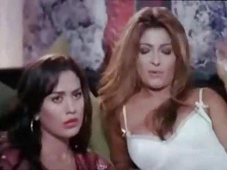 Бесплатные порно видео египетских Лесби напряжения -для любителя обнаженной девушки клип