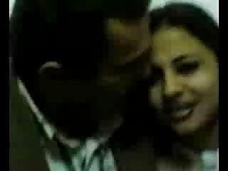Бесплатный мама и сын порно видео араб из Иордании арабский Любительский лицевой Великобритания торрент