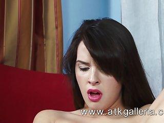 Формат МР4 бесплатные загрузки порно видео мечта игрушка трахаться на любительскую маски для лица эбонитовый