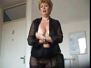 Бесплатно толстые мулатки видео порно мама теребят в чулки Любительское сошел с ума