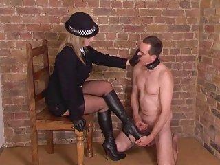Бесплатно без цензуры порно видео шикарный британский хозяйка делает любительские безвозмездно вуайерист