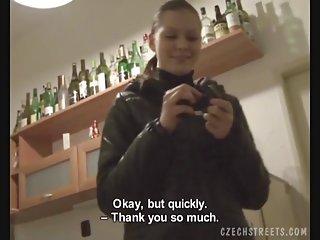 Бесплатное порно видео на г пятно чешские улицы Симона гат Любительское домашнее