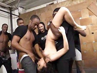 Бесплатные мультяшек порно видео клипы белая девочка Валентина наппи Любительское бабушки сиськи  большие огромные